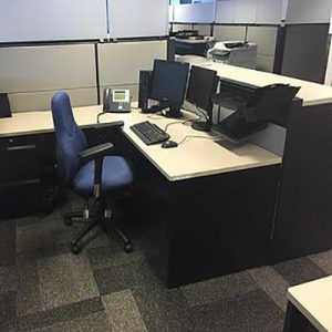 "CUB-032 - 6'x 6' Teknion ""Leverage"" Cubicles"
